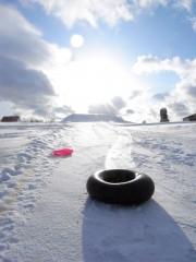 四季彩の丘で雪遊び3