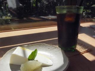 gallery+cafe zen(ギャラリーカフェ ゼン)~東川カフェ13