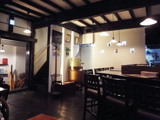 Cafe and Bar ROGA (カフェアンドバー・ロガ)~札幌カフェ3